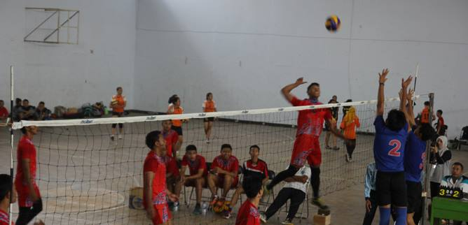 smash-volly-putra-unikal.jpg